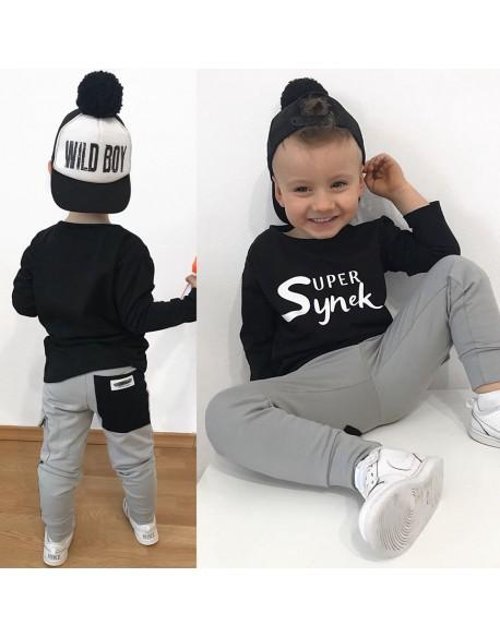T-shirt czarny Super Synek